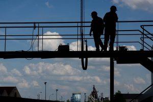 Unternehmer und Privatdetektive im Einsatz gegen Schwarzarbeit